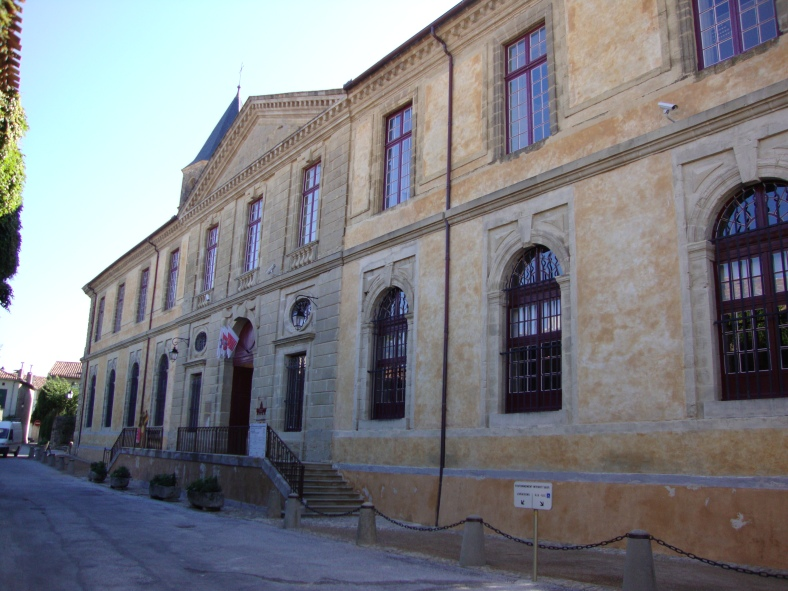 Sorèze_(Tarn,_Fr)_L'Abbaye-école.JPG